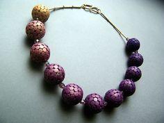 Colorshift Necklace von PolymerClay4You auf Etsy