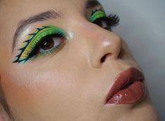 👑@alessandra_b_125 's green dragon look is beautiful~ 💙💚 Using #ArisonLashes in style ✨XH13✨ 😊 〰️〰️〰️〰️〰️〰️〰️〰️   ArisonLashes.com   #repost #makeupofinstagram #motd #fakelashes #falselashes #makeupartist #makeupinspiration #eyemakeup