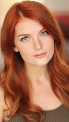Natural Red Hair Color Shades - Bing images - Found on Bing from www. Stunning Redhead, Beautiful Red Hair, Gorgeous Redhead, Beautiful Eyes, Gorgeous Girl, Beautiful Women, Hair Color Shades, Red Hair Color, Redhead Hairstyles
