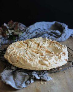 Franse meringue soos ouma dit gemaak het. Volg my kannie-flop reëls vir perfekte resultate elke keer, of jy nou klein skuimpies maak of 'n groot Pavlova.