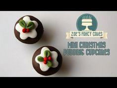 Mini Christmas pudding fondant cupcakes How To Cake Decorating Tutorial - http://showatchall.com/craft/mini-christmas-pudding-fondant-cupcakes-how-to-cake-decorating-tutorial/