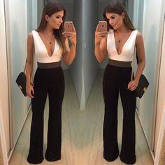 """13.4 mil curtidas, 160 comentários - Blog Trend Alert (@arianecanovas) no Instagram: """"{Friday ✨} Macacão @anahovastore ❤ Daquelas peças chique, elegante, que vestem bem! ❤"""" Smart Casual Outfit, Casual Outfits, Fashion Outfits, Womens Fashion, Pinterest Fashion, Cool Hair Color, Blouse Styles, Flare Pants, Gorgeous Women"""