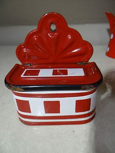 Dating Cookware Enamel