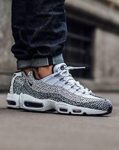 classic fit f8296 2cfa7 Air Max 95 Ultra Essential Black White Dots Trainer Style is very  innovative, work with a real material, is definitely your best choice.