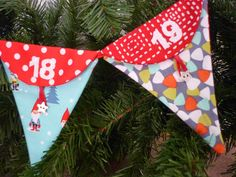 Mack and Mabel: Advent Bunting Tutorial