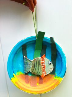 Paper plate fish bowl by a 6 year-old artist.