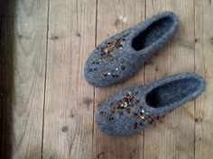 Handmade wool slippers - Felted slippers - Womens home shoes - Organic Natural - Grey slippers - Baltic Amber - Made in Lithuania by ShimaFiberArt