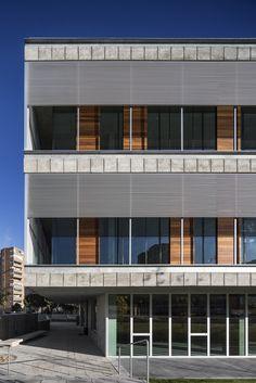 Biblioteca Municipal De Coslada,© Fernando Guerra