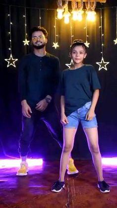 Dancer Workout, Dance Workout Videos, Dance Music Videos, Dance Choreography Videos, Cool Dance Moves, Dance Tips, Dance Poses, Steps Dance, Girl Dance Video