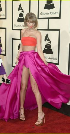 Calvin Harris Congratulates 'Beautiful Girlfriend' Taylor Swift on Grammy Wins: Photo Taylor Swift grins after winning an armful of awards at the 2016 Grammys held at the Staples Center on Monday (February in Los Angeles. The singer…Grammy: l'ing Taylor Swift Legs, Long Live Taylor Swift, Taylor Swift Style, Taylor Swift Pictures, Taylor Alison Swift, Swift 3, Katarina League Of Legends, Beautiful Girlfriend, Calvin Harris