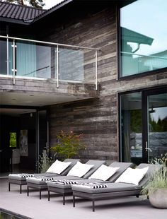 This is what I need for the pool! Outdoor Rooms, Outdoor Gardens, Outdoor Living, Outdoor Decor, Brown House, Backyard, Patio, Outdoor Entertaining, Architecture