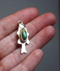 Pendentif Comme un poisson dans l'eau, bijou poisson en argent et turquoise