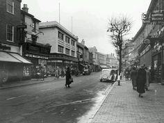 Calverley Road in this undated photo, possibly late Photo originally uploaded by Pat Langridge. Camden Road, White Names, South East England, Tunbridge Wells, Old Photos, Street View, London, Photography, Life
