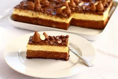 Tort aniversar Milena Chocolate Glaze Recipes, Chocolate Cake, Pastry Cake, Sweet Cakes, Something Sweet, Ice Cream Recipes, Cheesecake, Food And Drink, Sweets