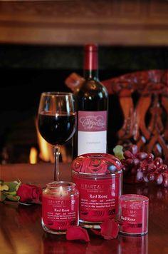 Rosa Rossa Elegante e romantica, tutta l'essenza della rosa rossa e della sua bellissima fragranza sono racchiusi qui.  #homefragrance