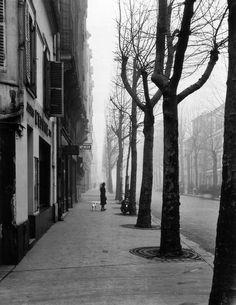 Paris, 1947 • Avenue de chatillon  (Avenue Jean Moulin)     photo by louis stettner