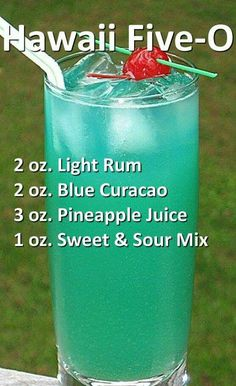 – Cocktails and Pretty Drinks Fun Drinks Alcohol, Alcohol Drink Recipes, Liquor Drinks, Fancy Drinks, Cocktail Drinks, Alcoholic Beverages, Alcholic Drinks, Bourbon Drinks, Mix Drink Recipes