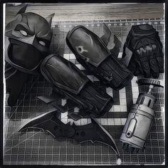 Guanteletes de Batman: Arkham Origins por DarkKnightFX en Etsy