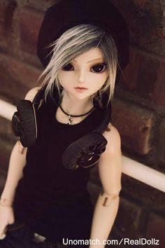 Barbie Real Dollz  http://www.unomatch.com/realdollz/