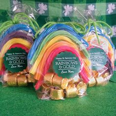 Rainbows and Gold Gift Bags #stpatricksday #irish #labels #packaging