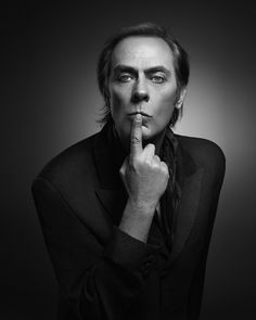 http://www.cihanunalan.com/213127/3683822/gallery/peter-murphy-lion-album-shoot