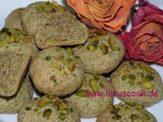 Spinat Kekse  -  ისპანახიანი ხრამუნები  http://www.letuscook.de/vollkorn-spinatkekse/?lang=KA