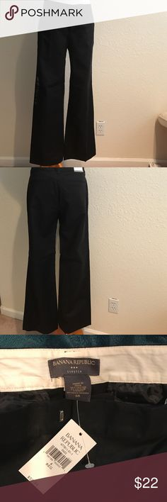 """Banana Republic black dress slacks NWT Classic martin fit pants,side pockets and flat backside pockets for a nice trim look.Sits just below the waist, straight through hips and thighs.32""""waist 32""""inseam Banana Republic Pants Trousers"""