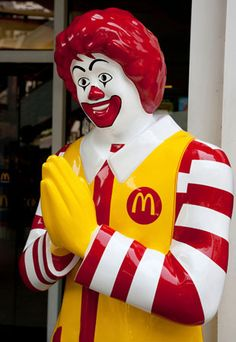 Americans are used to seeing a waving Ronald McDonald, but in Thailand the clown mascot offers a more traditional greeting.
