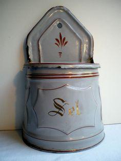 Superbe boite à SEL XIXème, tôle émaillée comme cafetière: gris, grenat et doré