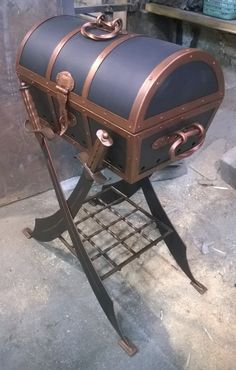 Художественная ковка | VK Barbecue Grill, Grilling, Wrought Iron Decor, Charcoal Bbq, Antique Chest, Bbq Area, Metal Artwork, Metal Projects, Outdoor Cooking