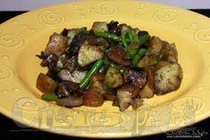 Mushroom and Potatoe Stir-Fry Mushroom Stir Fry, Fries, Stuffed Mushrooms, Soup, Potatoes, Yummy Food, Beef, Recipes, Stuff Mushrooms
