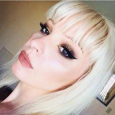 @Prettyoutragous is such a doll in #sugarpill Goldilux eyeshadow! by sugarpill