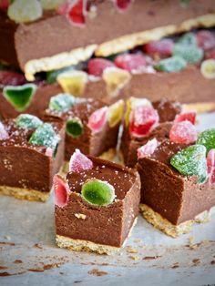 Krispie Treats, Rice Krispies, Cereal, Muffins, Cheesecake, Baking, Breakfast, Desserts, Christmas