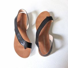 curve flat-sole leather sandals by Metaformose on Etsy