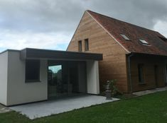 Horizontale gevelbejkeding in thermowood