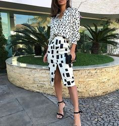 white and black square print top and skirt Work Fashion, Fashion Prints, Pattern Mixing Outfits, Mixing Patterns, Looks Style, My Style, Mixing Prints, Look Chic, Stylish Clothes