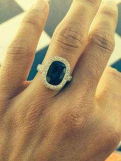 Anillo oro blanco con diamantes y piedra central rectangular #superior