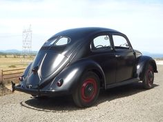 Curbside Classic: 1946 Volkswagen 1100 (Type The Beetle Crawls Out Of The Rubble Vintage Cars, Antique Cars, Kdf Wagen, Hot Vw, Beetle Car, Morris Minor, Alfa Romeo Cars, Bmw Series, Audi Tt