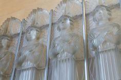 L'église Saint Matthieu fut construite en 1840 sur la Paroisse de Saint Laurent à Jersey en l'honneur de l'apôtre Matthieu. L'église est située le long de la route de Saint Aubin face à la mer. Cette église est célèbre pour le chef d'œuvre en verre opalescent réalisé par le Maitre Verrier René Lalique en 1934.