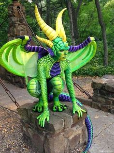 Awesome Reptilian Dragon Cosplay Designs - Creative Cosplay Designs