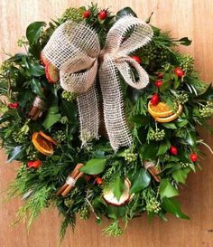 Christmas wreath to welcome your guests from Organic Blooms. Christmas Flower Arrangements, Christmas Flowers, Christmas Mood, Christmas Makes, Christmas Crafts, Christmas Wedding, Merry Christmas, Christmas Door Wreaths, Holiday Wreaths