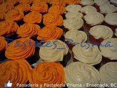 Cupcakes de vainilla con chantilly