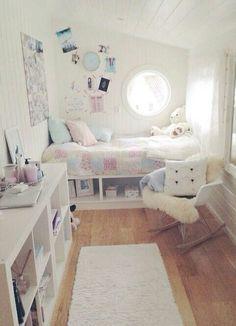 I freakin love this room.