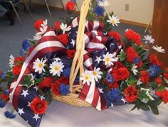Another floral centerpiece idea