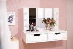Com muito charme, a Penteadeira de Parede Minimal vai transformar o seu quarto ou cantinho de beleza <3