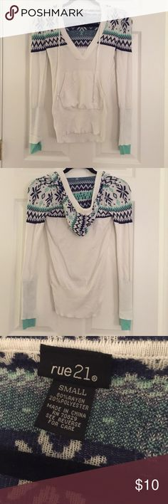 Rue 21 White Patterned Sweater with Hood Sooo soft, comfortable, only worn once. Perfect for the fall weather! Cute pattern on the shoulders and on the hood. Front pocket and hoodie drawstrings. Rue 21 Sweaters