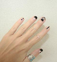 awesome Bewolf blog nail design......