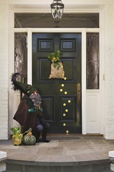Pot O' Gold Door, cute door wreath.  just burlap bag, or any bag, clovers in a pot and coins, then put the pot in the bag, put a hanger on the back, double sticky tape coins to the door. can be for an inside door as well.  on a wall that needs a bit of the patty