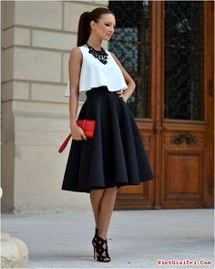Fashionista đẹp với váy midi