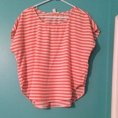 Shirt Plain pink and white top with loose fit Forever 21 Tops Blouses